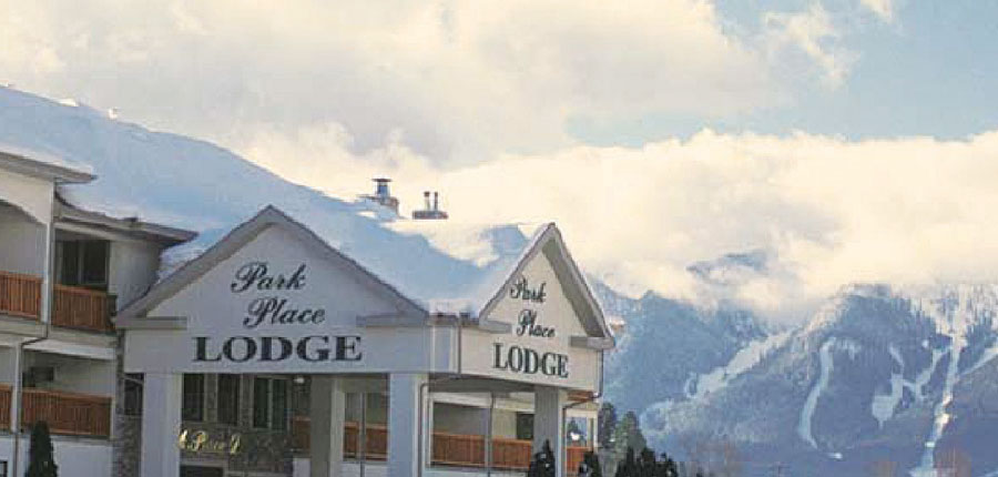canada_fernie_park_place_lodge_outside.jpg